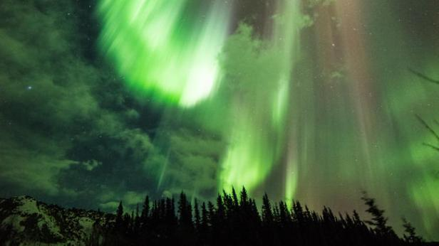 bal-wx-severe-geomagnetic-storm-hits-earth-cou-001