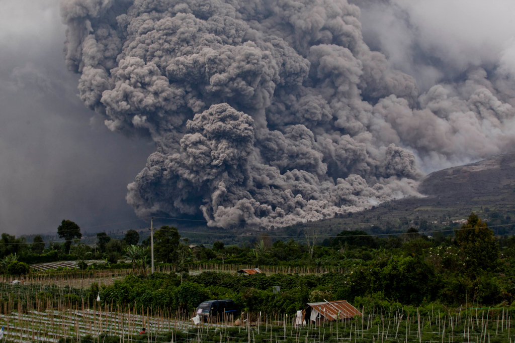 yellowstone volcano eruption map with Volcano Eruption In Indonesia Triggers Evacuation on View moreover Eruption Volcano Diagram furthermore We Re About To Find Out What S Rumbling Below The Yellowstone Supervolcano in addition In The Event Of A Tsunami Earthquake Or Eruption Of Mount Rainier What Are The Safest Places To Live In Seattle furthermore Volcano Eruption In Indonesia Triggers Evacuation.