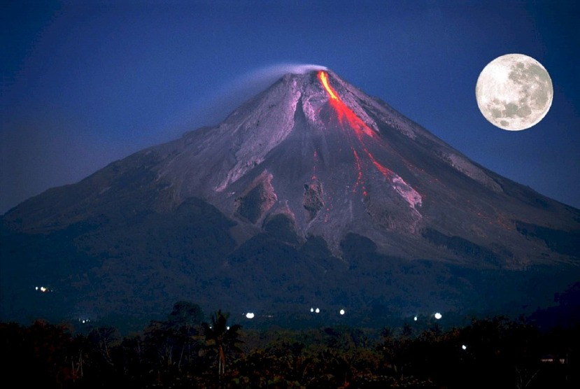 Volcano-Erupting-Full-Moon-Public-Domain